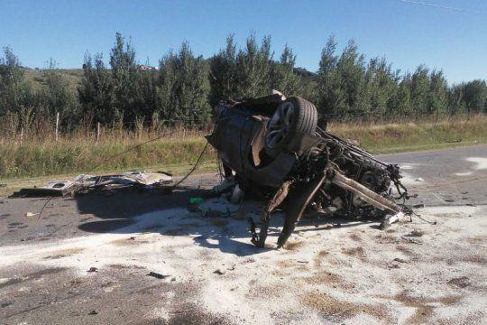Tragedia en Tandil: mueren dos hermanos en un accidente (Fotos: Nueva Era) visibilit
