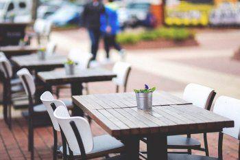 En Quilmes podrá haber hasta 4 personas por mesa.