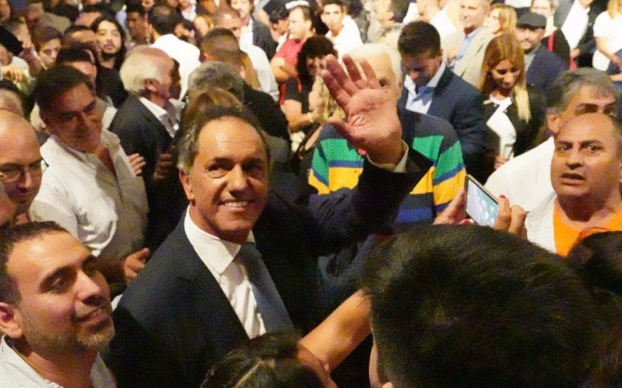 """""""Gran concertación"""" y otras 9 propuestas con las que Scioli se anotó en la presidencial"""