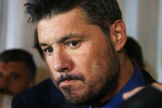 #apagontinelli: es tendencia la campana de los indignados por el saludo de marcelo a alberto