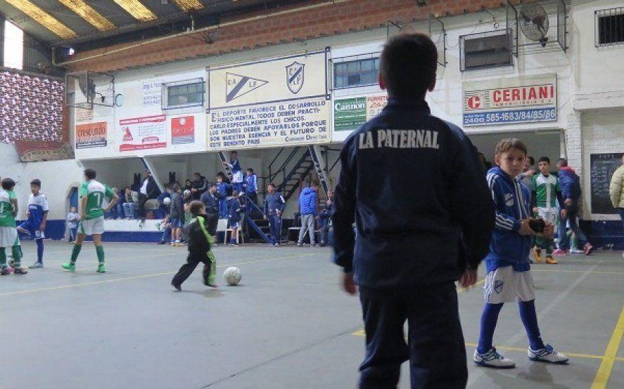 """El 2019 para los clubes de barrio:""""Están agrediendo a la gente más humilde"""""""