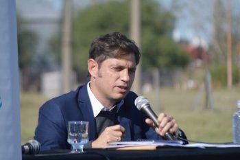 El gobernador Axel Kicillof visitó Bahía Blanca y se refirió a las obras hídricas para resolver la crisis del suministro de agua.