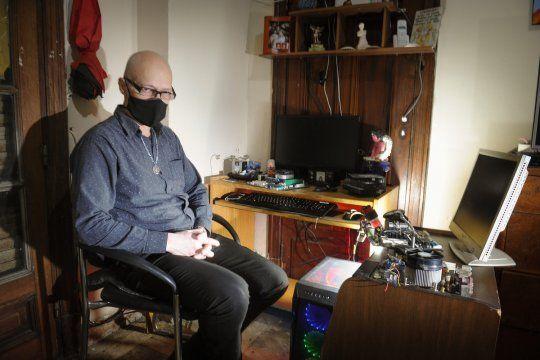 Jorge Baiz era cafetero, estuvo 5 años en la cárcel y luego volver a emprender. Ahora arma computadoras.