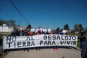 Las familias de Guernica reclaman Tierra para Vivir (foto: @recuperacionde2)