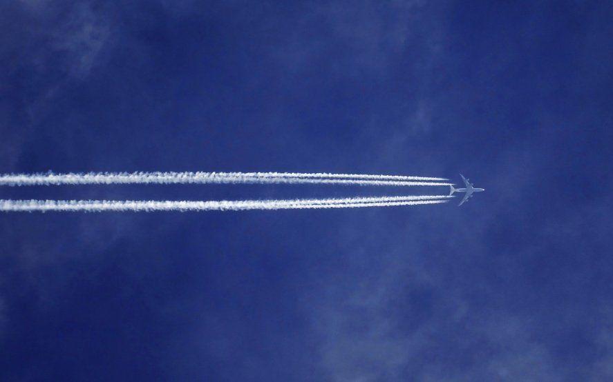 Demoras y cancelaciones en los vuelos de Ezeiza y Aeroparque por asambleas de pilotos