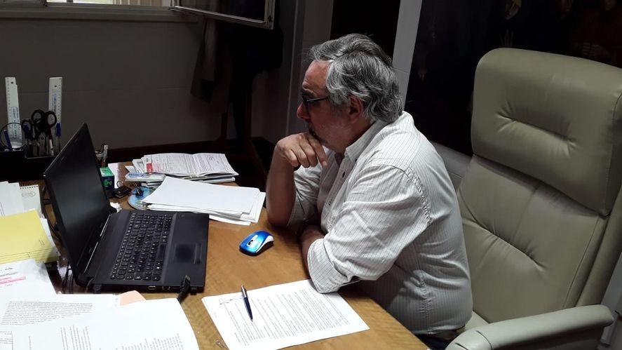 Miguel Fernández destacó la campaña radical y cuestionó a Posse