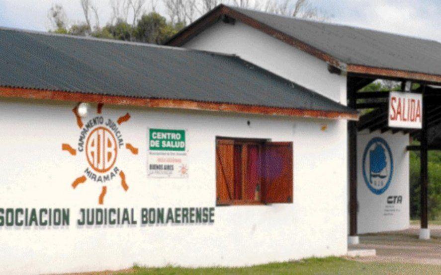 Otra violación conmueve a Miramar: una joven denunció que fue atacada por tres hombres