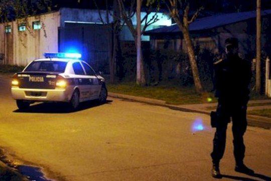 Tres delincuentes asaltaron a un comerciante y a su esposa en Pergamino
