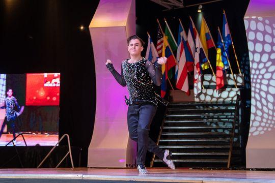 Nahuel tiene 16 años y necesita ayuda para costear el viaje al Mundial de Salsa