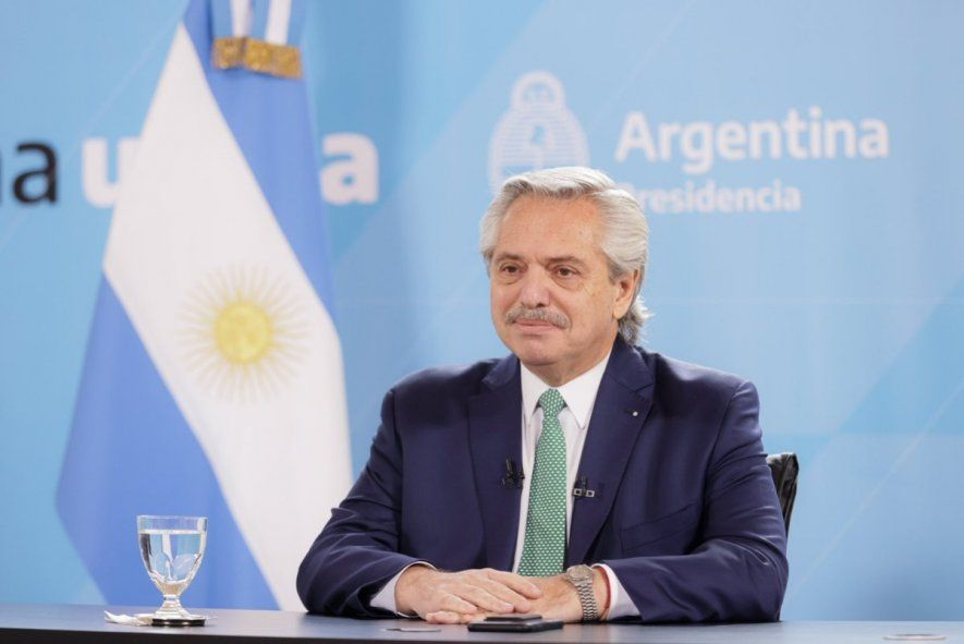 Alberto Fernández encabeza actividad junto a pymes industriales