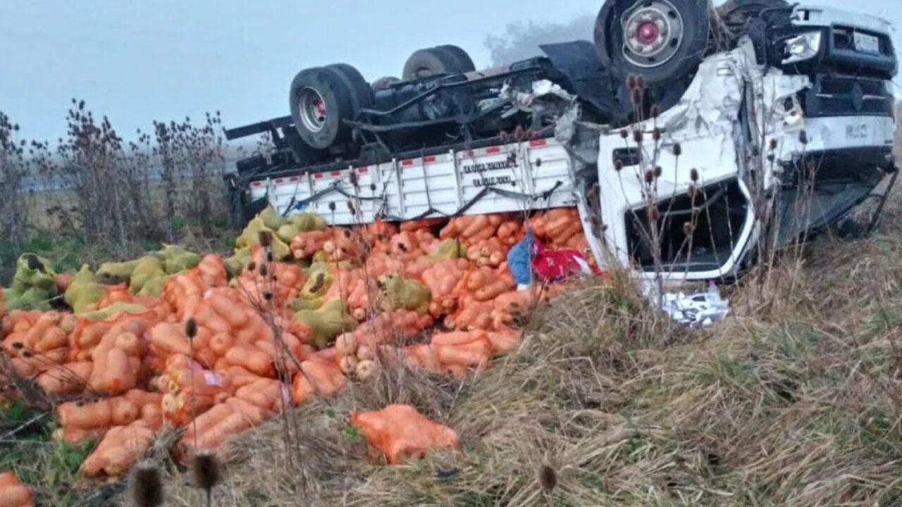 un muerto al chocar de frente una camioneta contra un camion entre miramar y necochea