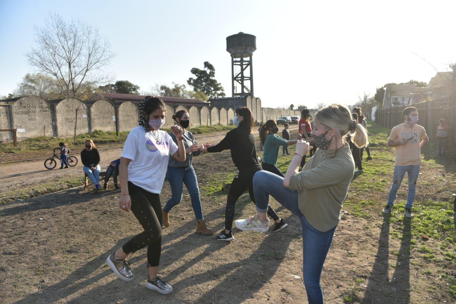 Los cursos de defensa personal se dictarán todas las semanas en distintos barrios