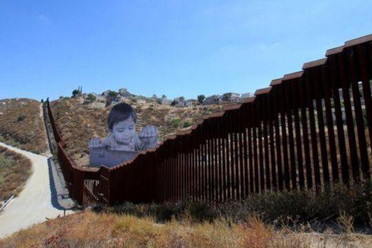 La caída del muro de Trump con México