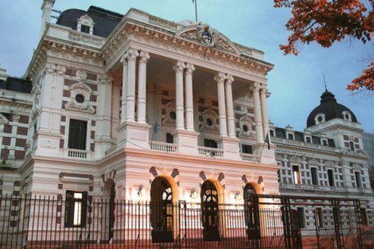 la provincia oficializo la cobertura de 22 cargos judiciales que estaban vacantes