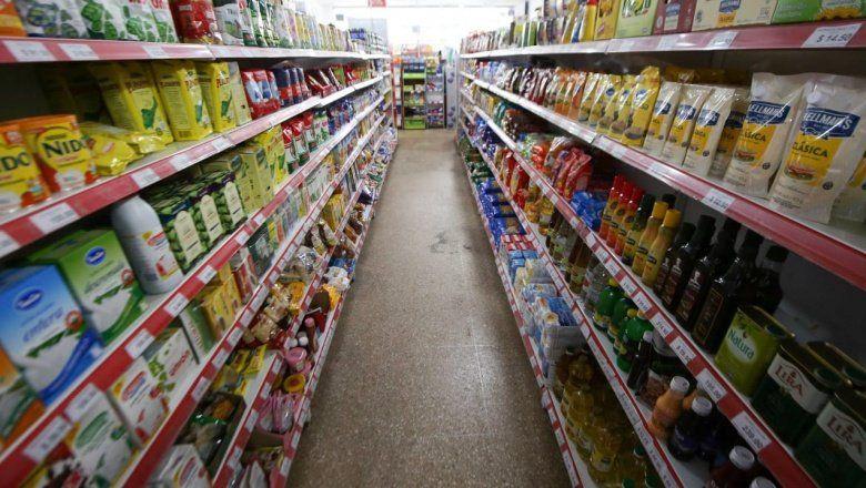 Más de la mitad de los productos de la canasta básica aumentaron por encima de la inflación en GBA