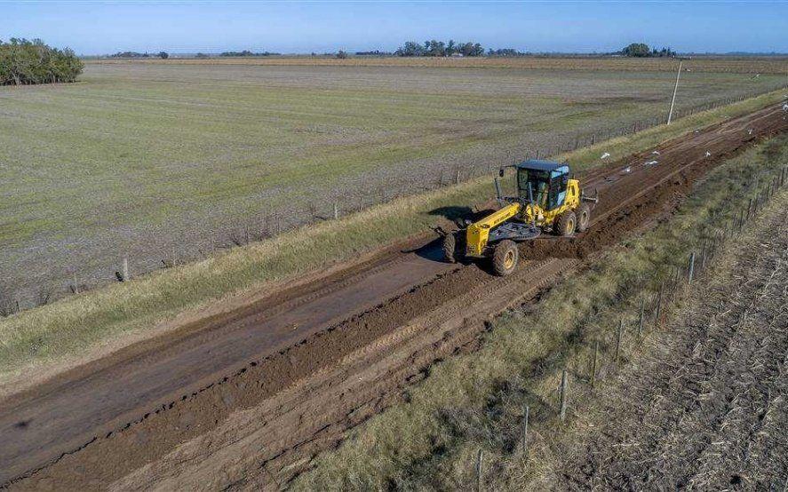 La Provincia licitó obras para caminos rurales con un presupuesto millonario (foto archivo)