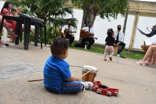 Niños que viven con sus madres presas fortalecerán vínculos con la música