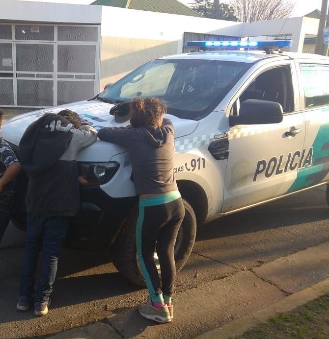Tres menores fueron demorados en Villa Castells