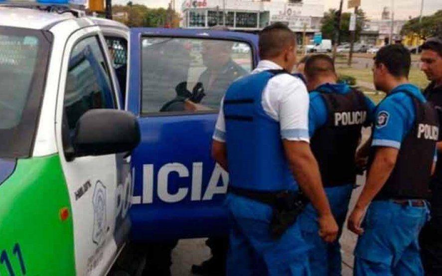 """Condenan con 10 años de prisión a seis policías por el secuestro extorsivo de un hombre acusado de """"transa"""""""