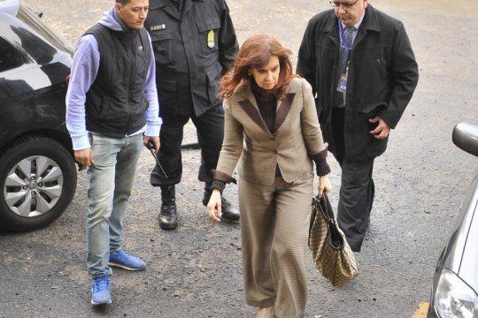 la corte dejo firme el pedido de prision preventiva a cfk en la causa por el memorandum con iran