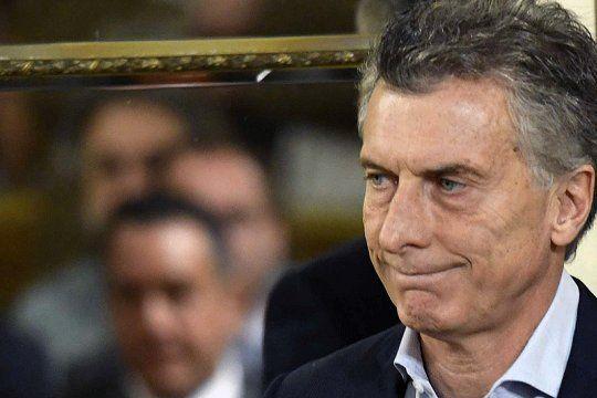 Macri se vacunó en EEUU después de haber dicho que esperaría hasta que el último argentino de riesgo lo haga