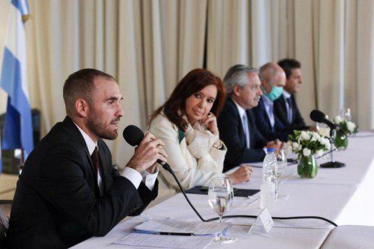 deuda: argentina recibio tres contraofertas de bonistas a una semana del cierre de las negociaciones