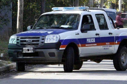 robaron una camioneta con una carga de aceite de girasol y cayeron con armas de guerra
