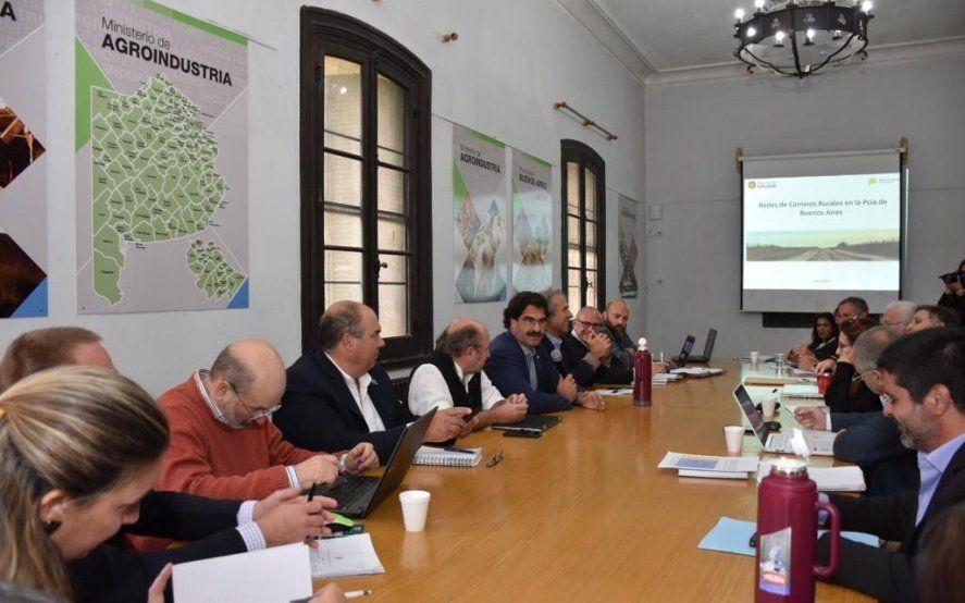 Con eje en infraestructura vial y financiamiento, se reunió la Mesa Lechera provincial