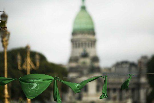El aborto se legalizó hasta la semana 14 de gestación en todo el país.