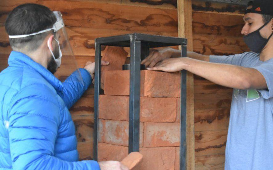 Se enciende la primera estufa solidaria: calefacción segura y barata