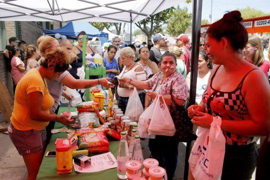 La feria itinerante, con productos comestibles de calidad a precios accesibles, iniciará en Los Hornos.
