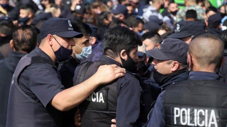 La Provincia anunció un aumento del 11% para la policía bonaerense. ¿Alcanza?