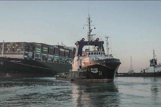 El barco Ever Given fue removido del Canal de Suez