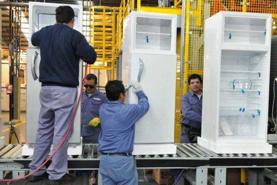 el gobierno lanzara en marzo un plan de salvataje para las fabricas de electrodomesticos