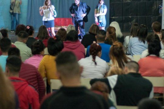 presos reflexionaron sobre violencia de genero con una obra protagonizada por alejandro fiore