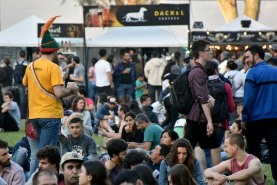 ¡planazo para el domingo!: se celebra el oktoberfest en el barrio meridiano v
