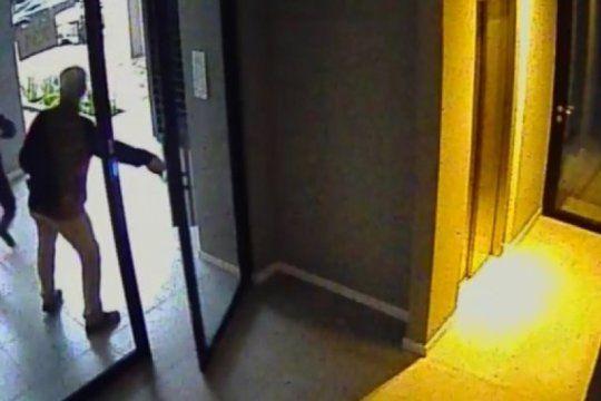 asaltan a un empresario y sus hijos a metros de la casa del ex esposo de la gobernadora