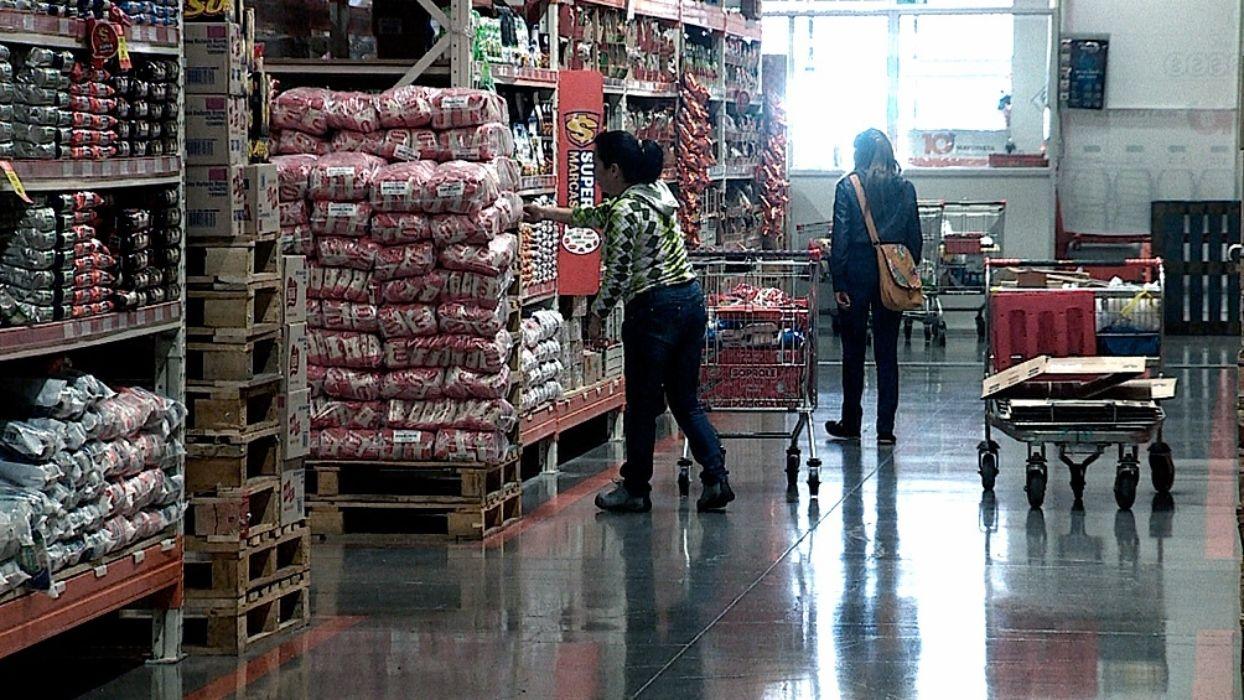 La ley de Góndolas adapta la normativa a las características propias de los canales de venta mayorista. Foto: Télam.