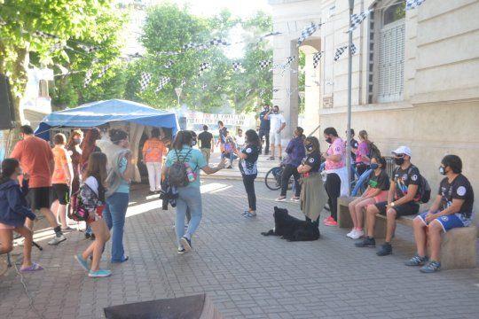 Una vez más, la Municipalidad de Olavarría es escenario de un acampe en protesta.