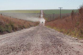 Cinco municipios del interior tendrán obras para caminos rurales
