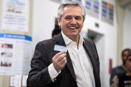 tras emitir su voto, alberto fernandez manifesto su preocupacion por el escrutinio: ?la empresa a cargo tiene antecedentes terribles?