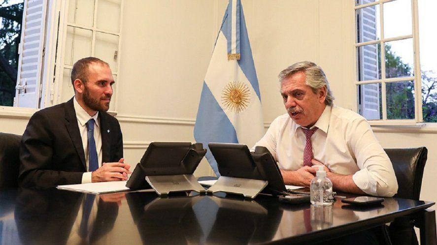 El Presupuesto 2022 fue presentado y firmado por Guzman y el presidente