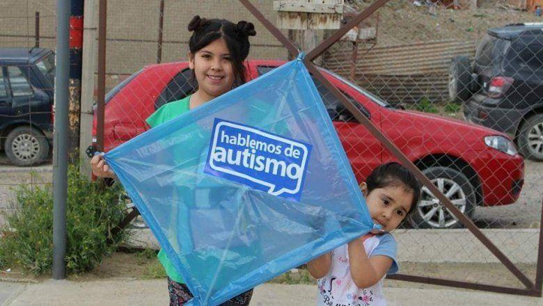 Miles de barriletes tiñen el país de azul este fin de semana para generar conciencia sobre el autismo