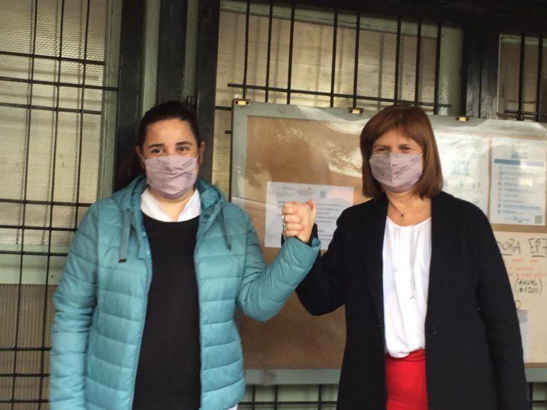 Bullrich hizo campaña en una escuela de Morón y fue repudiada por docentes (Foto Twitter Analía Zappulla)