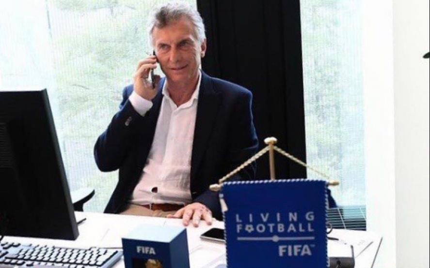Macri en su oficina de la FIFA en Suiza