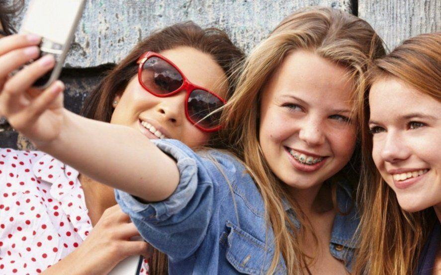 La felicidad en tiempos de redes: Qué queremos mostrar, a quiénes y para qué