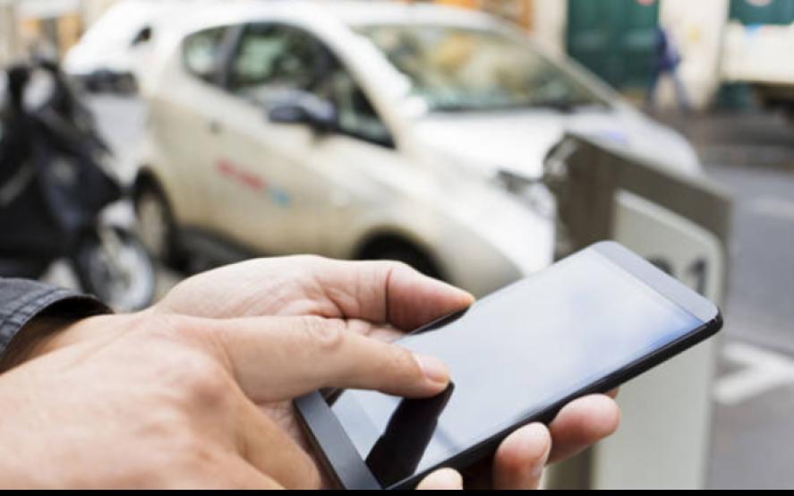 Chau SMS: cómo funciona la nueva app para activar el Estacionamiento Medido en La Plata
