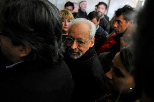 Horacio Verbitsky volvió a referirse por radio a su vacunación irregular, y dijo no haber tenido respuesta a sus mensajes a Ginés González García