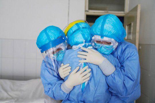 La pandemia ya se cobró la vida de más de 40 mil argentinos.