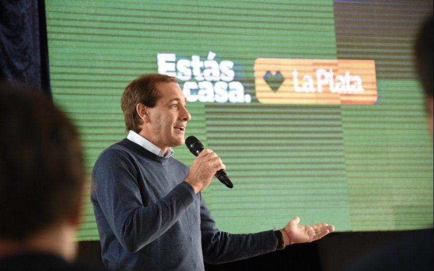 """Julio Garro reunió a su gobierno y alertó que """"el pasado hoy quiere volver"""""""